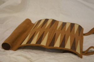 philos-reiseschach-rolle-backgammon